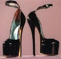 Домашний уход за ногами - вред высоких каблуков