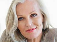 Умеренность - главное правило омолаживающего антивозрастного макияжа